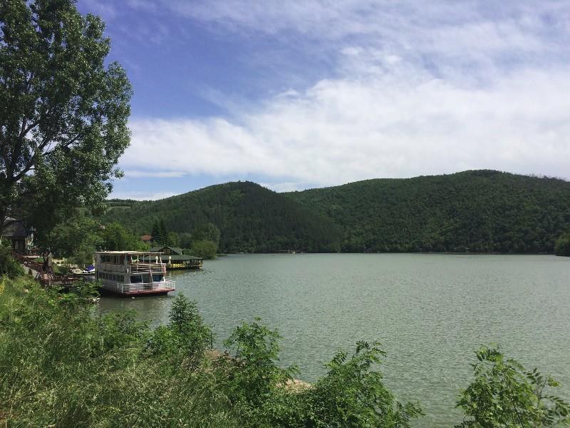 jezero-medjuvrsje6