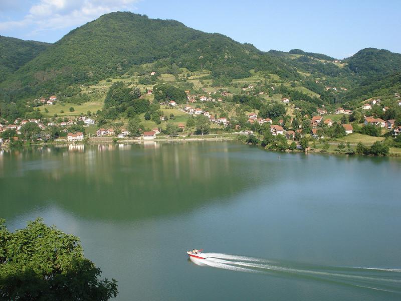 jezero02