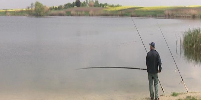 misicevo-jezero-pecanje_660x330